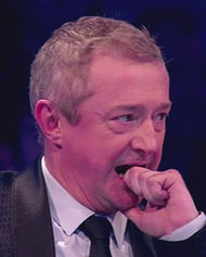 louis walsh bites finger